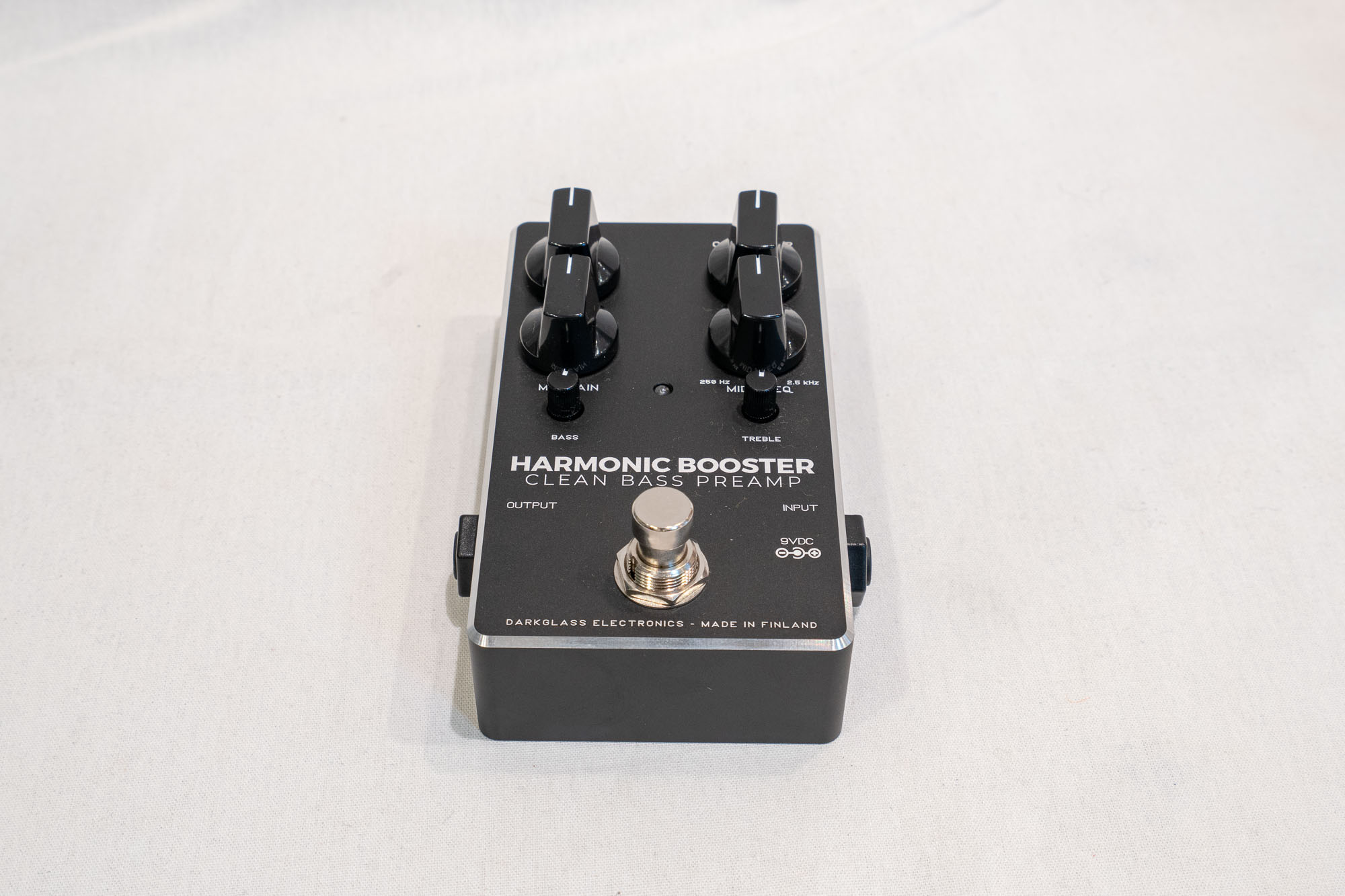 darkglass-electronics-harmonic-booster-20