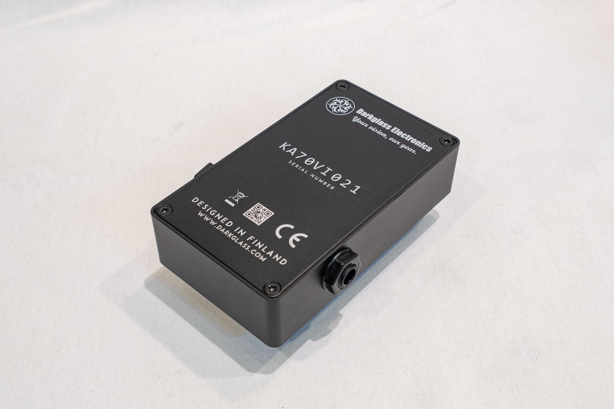 darkglass-electronics-harmonic-booster-20